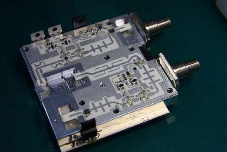 Макет  прийомопередавального модуля міліметрового  діапазону довжин хвил