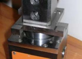 """Прилад """"Градієнтомір"""" для комплексної перевірки зонної точності верстатів з CNC"""