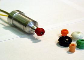 Макет акустичного зонду з набором вушних вкладок різного типорозміру