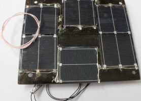 """Фотографія однієї з п'яти сонячних батарей супутника """"PolyITAN-1"""" з ФЕП на монокристалічному кремнії"""